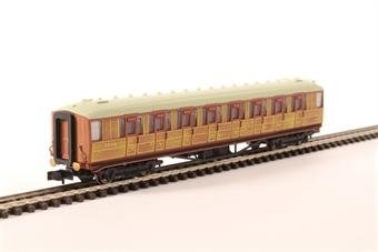 2P-011-007 Gresley LNER Teak 3rd Class 60641 £21.50