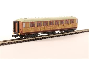 2P-011-009 Gresley LNER Teak 3rd Class 60655 £21.50