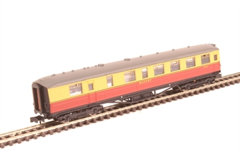 2P-011-352 ex-LNER Gresley teak buffet E9124E in BR carmine and cream