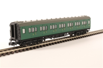 2P-012-303 Maunsell first class corridor S7208S in BR southern region green