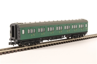 2P-012-304 Maunsell first class corridor S7367S in BR southern region green