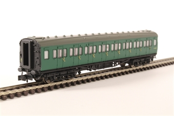 2P-012-403 Maunsell third class corridor S823S in BR southern region green