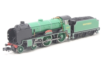 """2S-002-003D-PO01 Class V Schools 4-4-0 929 """"Malvern"""" in Southern Railway malachite green - DCC Fitted - Pre-owned - Like new"""