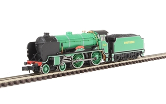 "2S-002-003D Class V Schools 4-4-0 929 ""Malvern"" in Southern Railway malachite green - DCC Fitted"