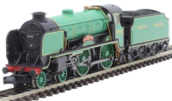 """2S-002-005 Class V Schools 4-4-0 30934 """"St Lawrence"""" in BR malachite green (Exclusive to Dapol Collectors Club)"""