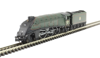 """2S-008-005D Class A4 steam locomotive 60022 """"Mallard"""" in BR green with early crest & double chimney. DCC fitted"""