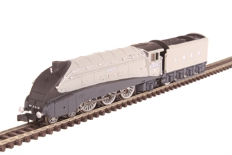 "2S-008-011 Class A4 4-6-2 2512 ""Silver Fox"" in LNER grey with valances"