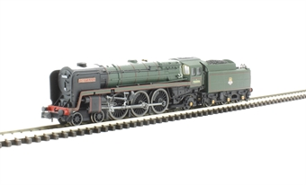 """2S-017-001 Class 7MT Britannia 4-6-2 70006 """"Robert Burns"""" in BR green with early emblem"""