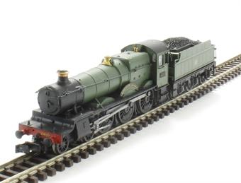 "2S-019-001 Class 68xx 4-6-0 6820 ""Kingstone Grange"" in GWR green with shirtbutton emblem"