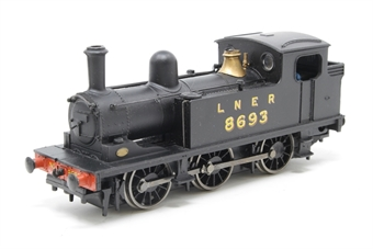 31-057-PO02 Class J72 0-6-0T 8693 in LNER black - Pre-owned - poor runner -  missing couplings -  imperfect box