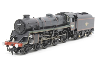 31-116-PO06 Standard Class 4MT 4-6-0 75069 in BR lined green with late crest (as preserved) - Pre-owned - glue marks under buffer beam wherefront steps have been attached - scuff marks on buffers - detailed with lamp - missing tendor connection- poor box