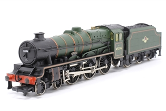 31-153-PO07 Class 5XP Jubilee 4-6-0 45596 'Bahamas' in BR green with late crest  - Pre-owned - Glue mark on tender -  imperfect box