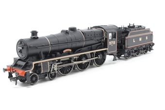 31-159-PO07 Class 5XP Jubilee 4-6-0 5711 'Courageous' with Fowler tender in LMS black - Pre-owned -  imperfect box
