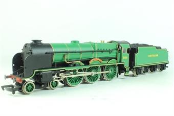 31-401 Lord Nelson Class 4-6-0 864 'Sir Martin Frobisher ' in SR Malachite Green