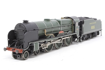 31-404-PO07 Lord Nelson Class 4-6-0 855 'Robert Blake' in SR Maunsell Green - Pre-owned - Like new - imperfect box