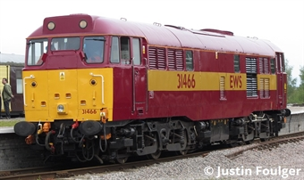 3143 Class 31/4 31466 in EWS red and gold