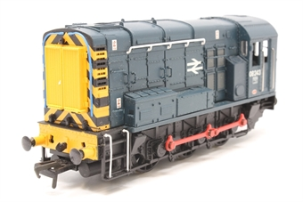 32-111-PO04 Class 08 Shunter 08243 in BR Blue with Hinged Door - Pre-owned - nopisy runner - loose glazing in cab - missing coupling hook - imperfect box
