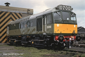 32-341 Class 25/2 D5282 in BR green with small yellow panels