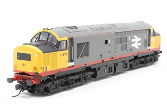 32-379-PO05 Class 37/5 37678 in Railfreight Red Stripe Livery - Pre-owned - DCC Sound-fitted - body loose on chassis due to missing screws - fitted with Kadee couplings - imperfect box