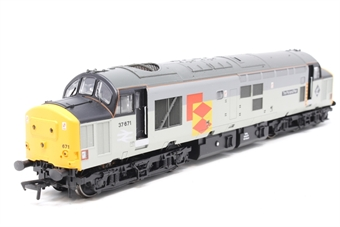 32-380-PO07 Class 37/5 37671 'Tre Pol And Pen' in Railfreight Distribution Livery - Pre-owned - imperfect box