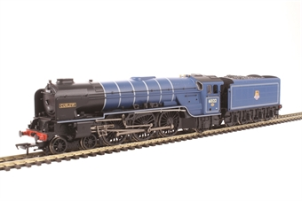 "32-561 Class A1 60122 4-6-2 ""Curlew"" in BR express blue with early emblem"