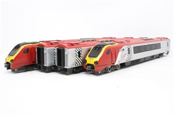"32-601-PO05 Class 220 Virgin Voyager 4 car DEMU 220032 ""Grampian Voyager"" (Non-Tilt) - Pre-owned - Like new"