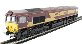 32-725U Class 66 66111 in EWS Livery with Highland Rail Stag - Limited Edition