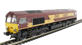 32-725X Class 66 66050 'EWS Energy' in EWS Livery - Limited Edition with Etched Nameplates