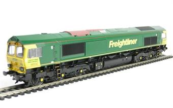 32-732 Class 66 66532 'P & O Nedlloyd Atlas' in Freightliner Livery