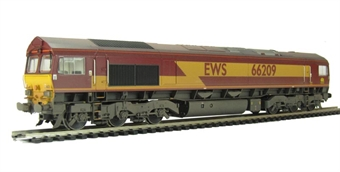 32-735 Class 66 66209 in EWS livery (weathered)