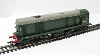 32-027 Class 20 D8000 in BR Green with Indicator Discs