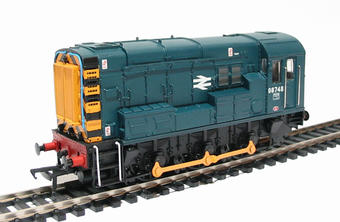 32-102B Class 08 Shunter 08748 in BR Blue