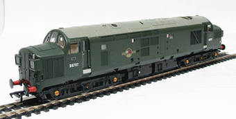 32-776 Class 37/0 D6707 in BR Green with Split Head Code
