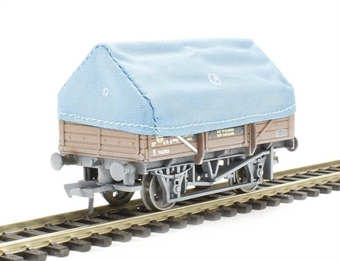 33-085 5 plank china clay wagon with hood in BR bauxite with TOPS panel - weathered
