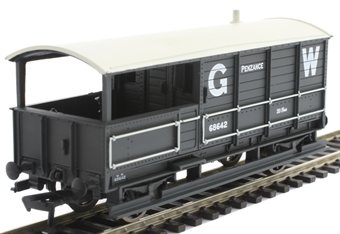 33-300X 20 ton 'Toad' brake van 68642 in GWR grey - Limited Edition for Kernow Model Rail Centre