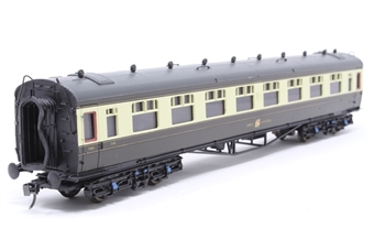 34-050B-PO06 Collett 60' 3rd class coach 1118 in GWR Chocolate and Cream - Pre-owned - detailed with kadee couplings, damage to corridor ends.