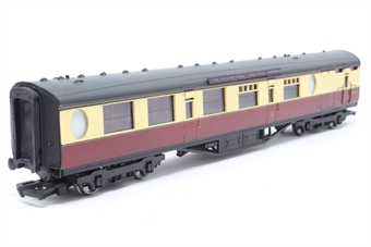 34-425.1-PO 59ft. 6in. Thompson Composite Brake Coach E1143E in BR Crimson & Cream Livery - Pre-owned - detailed with nameplates ''The Elizabethan - Kings Cross- Edinburgh'' - Imperfect box
