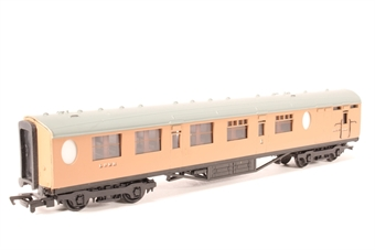 34-427-PO01 Thompson 63ft brake composite coach in post-war LNER brown - Pre-owned - Like new - imperfect box