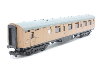 34-427-PO04 Thompson 63ft brake composite coach in post-war LNER brown - Pre-owned - mark on body - imperfect box