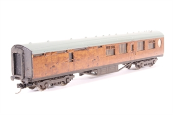 34-460-PO Thompson 3rd class brake corridor in LNER teak - Pre-owned - weathered- fitted with Kadee couplings-  incorrect box