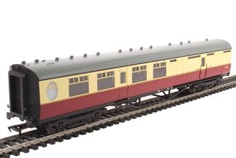 34-461 Thompson 3rd class brake corridor in BR crimson and cream