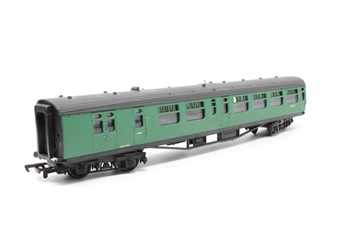 34-500-PO08 63ft. Bullied 2nd Class Corridor, Open, Brake Coach S3945S in BR 'Southern Region' Green Livery - Pre-owned - Imperfect box