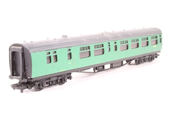 34-501-PO02 63ft. Bullied 2nd Class Corridor, Open, Brake Coach S3948S in BR 'Southern Region' Green Livery - Pre-owned -marks on both sides - incorrect box