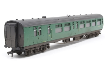 34-504-PO07 Bulleid 63ft corridor/open brake 2nd coach in BR(SR) green - Pre-owned - lightly weathered - replacement box £24
