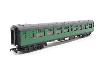 34-525A-PO 63ft. Bullied 2nd Class Corridor Coach S127S in BR 'Southern Region' Green Livery - Pre-owned - imperfect box