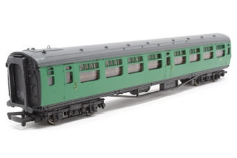 34-526-PO07 Bulleid 2nd corridor coach  in BR malachite green - Pre-owned - Minor marks on ends