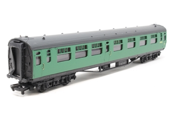 34-551-PO03 63ft. Bullied Composite Corridor Coach S5890S in BR 'Southern Region' Green Livery - Pre-owned -  damaged vestibule on one end - Imperfect box £15