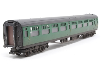34-577-PO07 Bulleid 63ft open 2nd S1495S in BR(SR) green - Pre-owned - lightly weathered & renumbered - marks on corridor end- replacement box