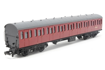 34-600-PO07 BR Standard Mk1 57ft suburban coach M46082 in crimson - Pre-owned - missing buffer,  imperfect box