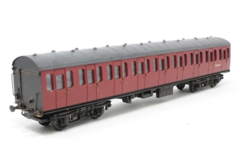 34-600-PO08 BR Standard Mk1 57ft suburban coach M46082 in crimson - Pre-owned - Missing coupling on one end, three link chain coupling on other, weathered